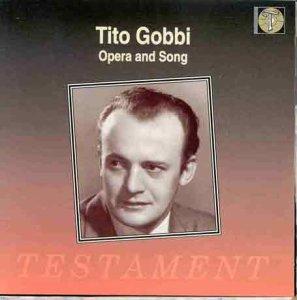 Тито Гобби - молодой и пушистый