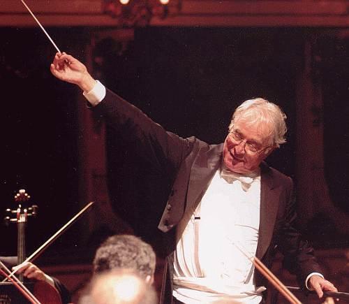 Бруно Бартолетти, почётный музыкальный руководитель театра